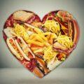 Fastfood obramowany sercem