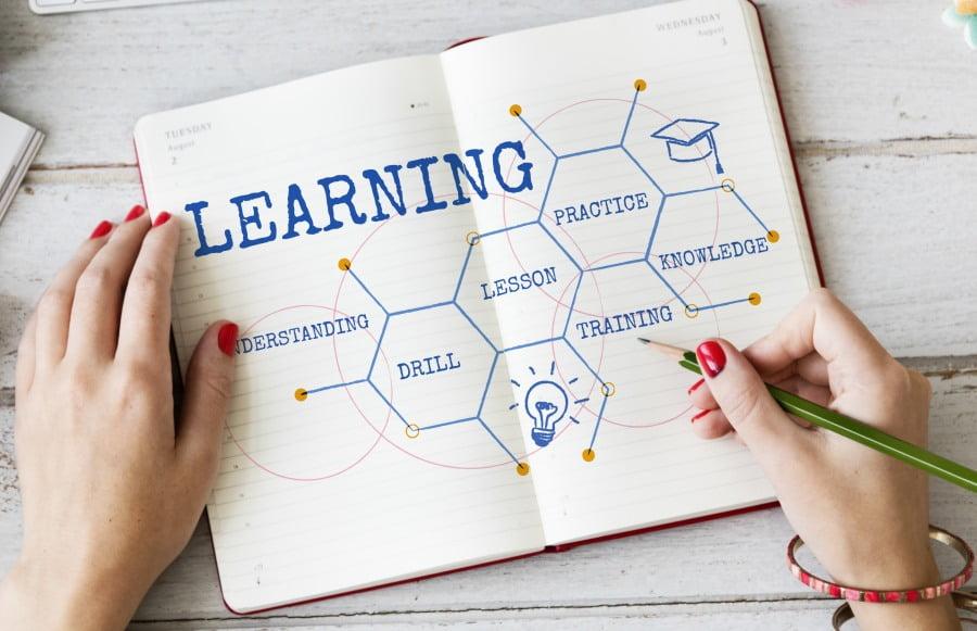 Jak się skutecznie uczyć bez wysiłku – sprawdzone metody