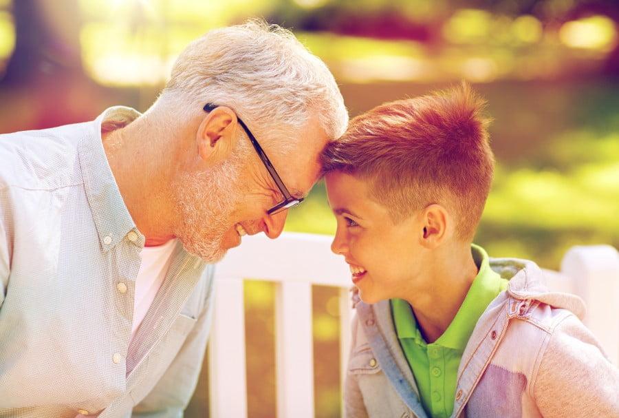 Szukasz przepisu na szczęście i zaradność życiową? Zapytaj dziadków!