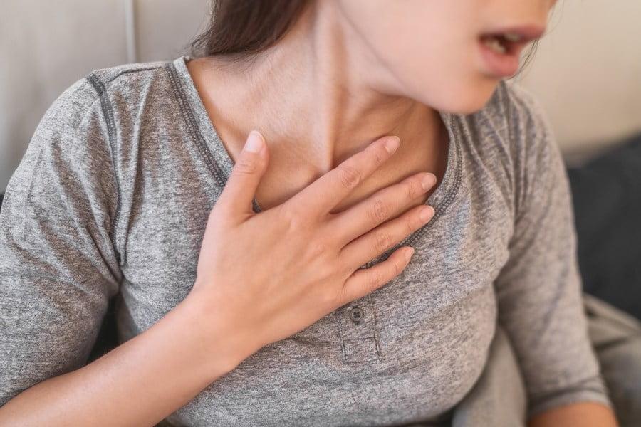 Objawy COVID-19 i grypy, jak je rozróżnić?