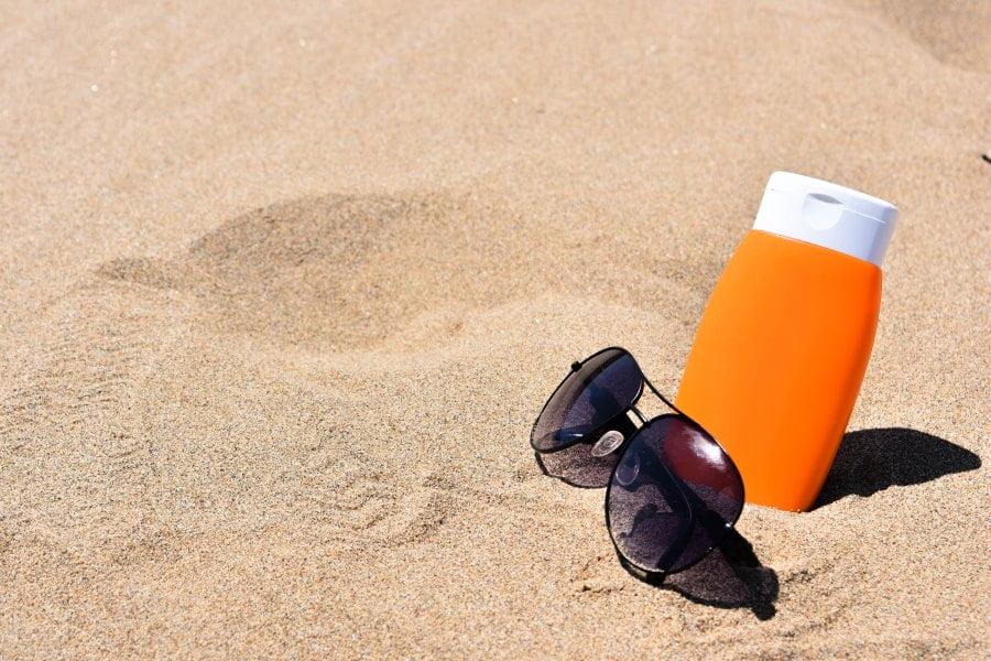 Wpływ olejków i sprayów przeciwsłonecznych na faunę morską