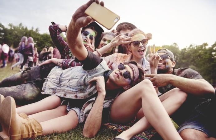 Selfie przyczyną operacji plastycznych?