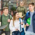 rozmowa nastolatków - pytania do kolegi